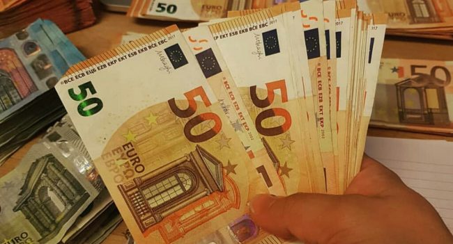 Where can we buy real Euro counterfeit money?